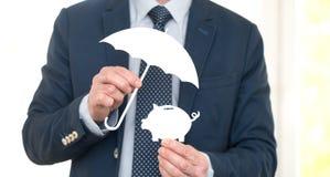 Έννοια της προστασίας χρημάτων στοκ εικόνα με δικαίωμα ελεύθερης χρήσης