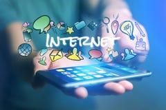 Έννοια του smartphone εκμετάλλευσης ατόμων με τον τίτλο Διαδικτύου και multim Στοκ εικόνες με δικαίωμα ελεύθερης χρήσης