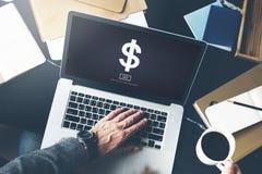Έννοια τραπεζικής χρηματοδότησης σημαδιών δολαρίων πιστωτική Στοκ εικόνες με δικαίωμα ελεύθερης χρήσης