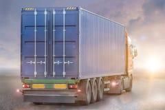 Έννοια φορτηγών εμπορευματοκιβωτίων Στοκ Εικόνες