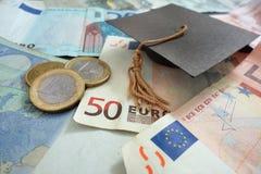 Έννοια χρημάτων εκπαίδευσης Στοκ Φωτογραφίες