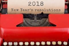 Έννοια Χριστουγέννων - γραφομηχανή με το κείμενο & x22 2018 νέο Year& x27 s resolutions& x22  κλείστε επάνω Στοκ Εικόνα