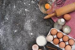 Έννοια ψησίματος, υπόβαθρο συνόρων τροφίμων Στοκ εικόνα με δικαίωμα ελεύθερης χρήσης