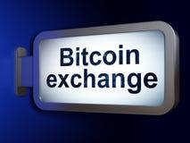 Έννοια Cryptocurrency: Ανταλλαγή Bitcoin στο υπόβαθρο πινάκων διαφημίσεων στοκ φωτογραφία
