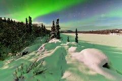 Έντονη επίδειξη των βόρειων borealis αυγής φω'των στοκ εικόνες