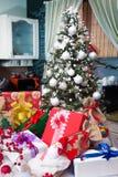 δέντρο χριστουγεννιάτικ&om Στοκ φωτογραφία με δικαίωμα ελεύθερης χρήσης