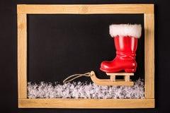 Ένωση μελοψωμάτων Χριστουγέννων πέρα από το ξύλινο υπόβαθρο Στοκ Φωτογραφία