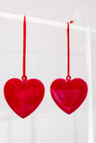Ένωση δύο κόκκινη καρδιών γυαλιού Στοκ Εικόνα