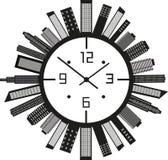 'Ένδειξη ώρασ' με τα κτήρια Στοκ Φωτογραφία