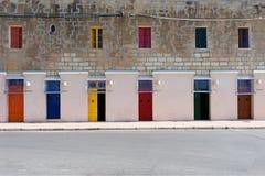 Έξι πόρτες Στοκ φωτογραφία με δικαίωμα ελεύθερης χρήσης