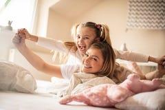 Έξοδα του ειδικού χρόνου με το mom στοκ φωτογραφία με δικαίωμα ελεύθερης χρήσης