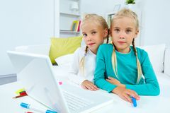 Έξυπνα κορίτσια Στοκ Εικόνα