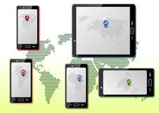 Έξυπνα τηλέφωνα με τους χάρτες Στοκ εικόνες με δικαίωμα ελεύθερης χρήσης