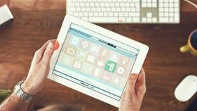 Έξυπνη εγχώρια συσκευή - εγχώριος έλεγχος Στοκ εικόνα με δικαίωμα ελεύθερης χρήσης