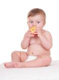 Έξυπνο λατρευτό μωρό στο λευκό Στοκ εικόνες με δικαίωμα ελεύθερης χρήσης
