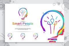 Έξυπνο σχέδιο λογότυπων ιδέας διανυσματικό με τη ζωηρόχρωμη έννοια για την εκπαίδευση και την απεικόνιση συμβόλων της νοημοσύνης διανυσματική απεικόνιση