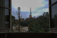Έξω από το παράθυρο Στοκ Φωτογραφίες