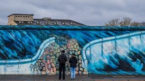 Έργα ζωγραφικής από τη ανατολική πλευρά του τοίχου Στοκ Εικόνες