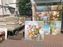 Έργα ζωγραφικής για την πώληση στην παλαιά οδό Arbat, Μόσχα Στοκ Εικόνες