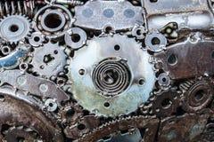 Έργο τέχνης μετάλλων βιοτεχνίας από τα χρησιμοποιημένα ανταλλακτικά Στοκ Εικόνες