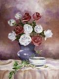 Έργο τέχνης του βάζου λουλουδιών με το ελαιόχρωμα στο φύλλο στοκ φωτογραφίες με δικαίωμα ελεύθερης χρήσης