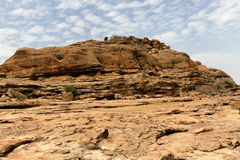 Έρημος και απότομος βράχος στον γκρεμό Bandiagara, Μαλί, Αφρική Στοκ εικόνα με δικαίωμα ελεύθερης χρήσης