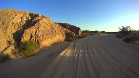 Έρημος πλαϊνή - σημείο 3 πηγών ασβέστιο ερήμων Anza Borrego απόθεμα βίντεο