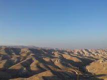 Έρημος Judean μέχρι την αυγή Στοκ Φωτογραφίες