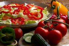 έτοιμα λαχανικά σαλάτας στοκ φωτογραφία με δικαίωμα ελεύθερης χρήσης
