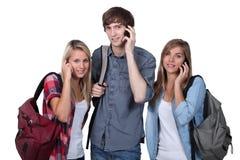 Έφηβοι με backpacks Στοκ εικόνα με δικαίωμα ελεύθερης χρήσης