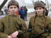 Έφηβοι του δεύτερου παγκόσμιου πολέμου Παιδιά του πολέμου στοκ εικόνα