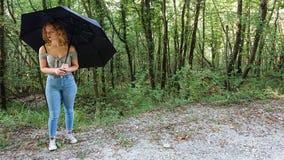 Έφηβος στο Forrest στοκ φωτογραφίες με δικαίωμα ελεύθερης χρήσης