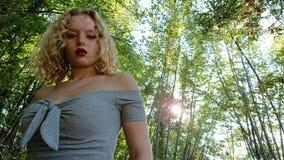 Έφηβος στο Forrest στοκ εικόνες με δικαίωμα ελεύθερης χρήσης