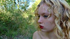 Έφηβος στο Forrest στοκ φωτογραφία με δικαίωμα ελεύθερης χρήσης