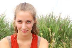 Έφηβος Smilng Στοκ φωτογραφίες με δικαίωμα ελεύθερης χρήσης