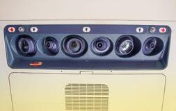 Έλεγχοι καθισμάτων αεροσκαφών Στοκ εικόνες με δικαίωμα ελεύθερης χρήσης