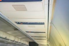 Έλεγχοι καθισμάτων αεροσκαφών Στοκ εικόνα με δικαίωμα ελεύθερης χρήσης
