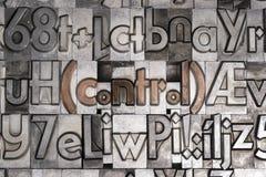 Έλεγχος με την κινητή εκτύπωση τύπων στοκ φωτογραφία με δικαίωμα ελεύθερης χρήσης