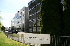 Έδρα Gerry Weber, βιομηχανία κλωστοϋφαντουργίας, halle, Γερμανία Στοκ φωτογραφία με δικαίωμα ελεύθερης χρήσης