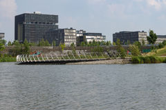 Έδρα Krupp πίσω από τη λίμνη στοκ εικόνα με δικαίωμα ελεύθερης χρήσης