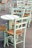 Έδρες και πίνακας Στοκ φωτογραφίες με δικαίωμα ελεύθερης χρήσης