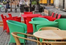 Έδρες & πίνακας Sitout Στοκ Φωτογραφίες