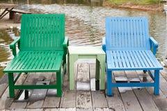 έδρες δύο ξύλινες Στοκ Εικόνες