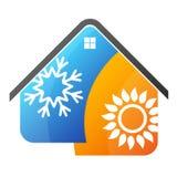 Ήλιος κλιματισμού και snowflake στο σπίτι Στοκ Εικόνες