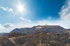 Ήλιος που λάμπει πέρα από το σημάδι Hollywood Στοκ Εικόνες