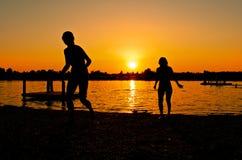 ήλιος σκιαγραφιών Στοκ Φωτογραφίες