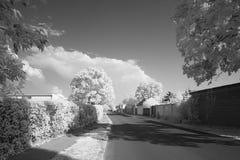 Ήρεμες αγροτικές υπέρυθρες ακτίνες οδών στοκ φωτογραφίες