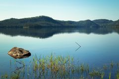 Ήρεμη λίμνη στον Καναδά Στοκ φωτογραφία με δικαίωμα ελεύθερης χρήσης