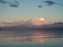 Ήρεμη λίμνη Akkajaure Στοκ Εικόνες