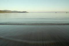 Ήρεμη ακτή Στοκ Εικόνες
